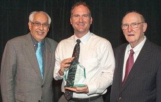 2014 Savvy Award photo